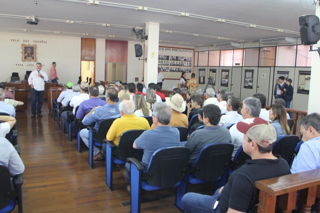 Reunião de apresentação dos resultados acontece na Câmara Municipal de Pirajuí, com a presença de técnicos e criadores de todo o Brasil.